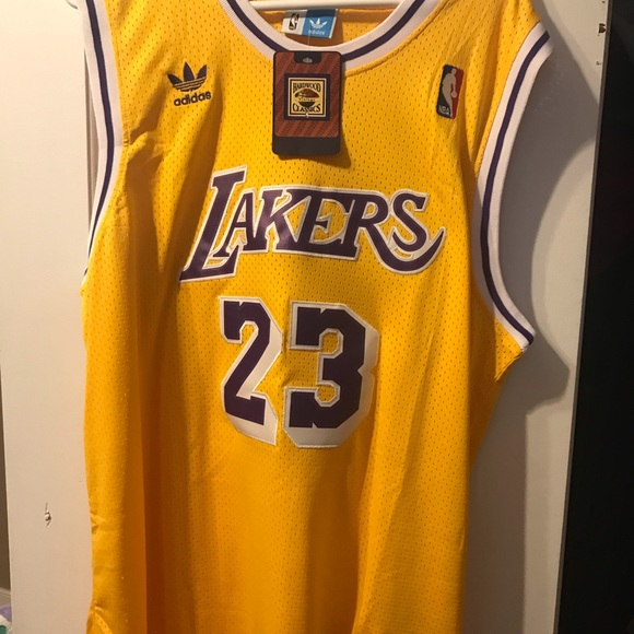 new products 88626 55729 Brand new Lebron James Lakers throwback jersey NWT